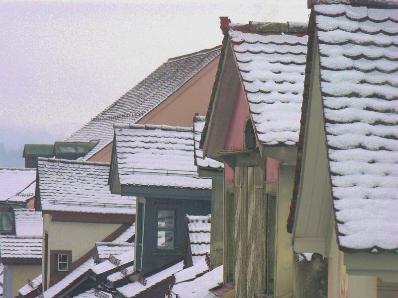 Über den Dächern von Wil, an einem trüben Dezembertag