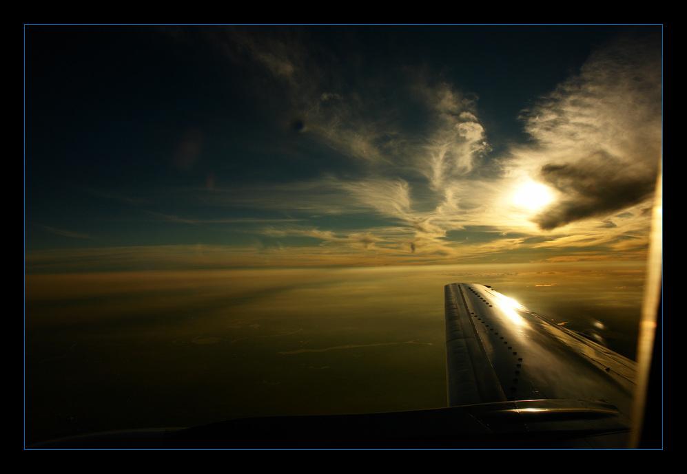 Über den Wolken (aus dem Flugzeug)