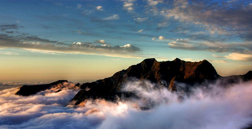 Über den Wolken... by globusdei