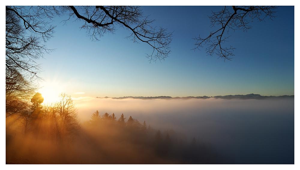 Über den Wolken (II)...