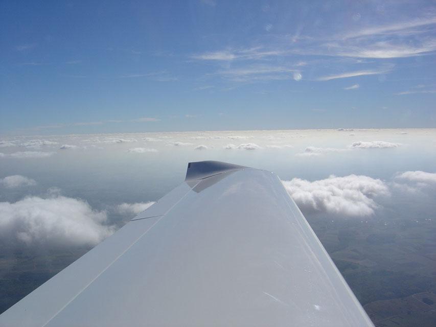 Über den Wolken im Oktober