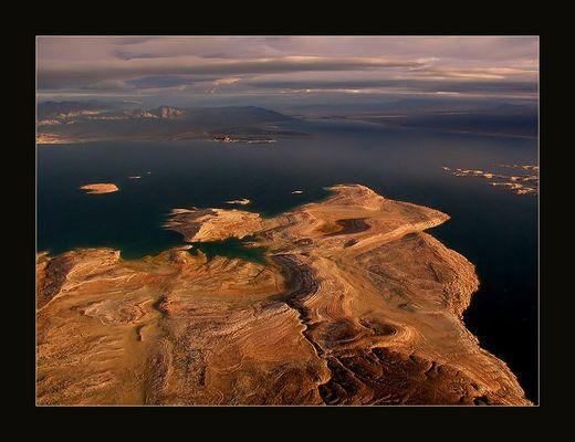Über den Wolken - Lake Mead