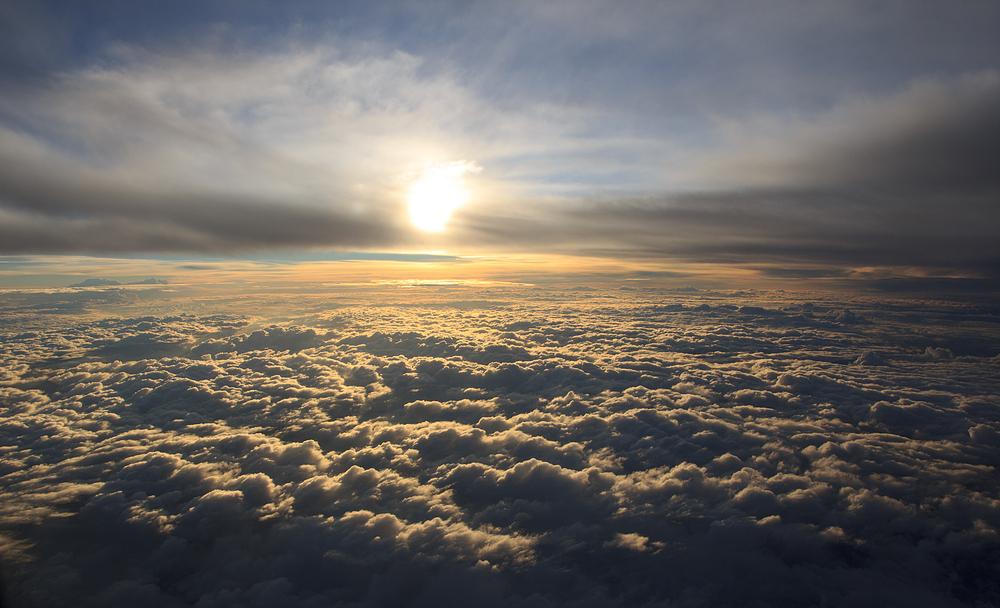 Über den Wolken muss die ....