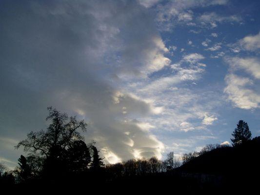 über den Wolken muß die Freiheit ........