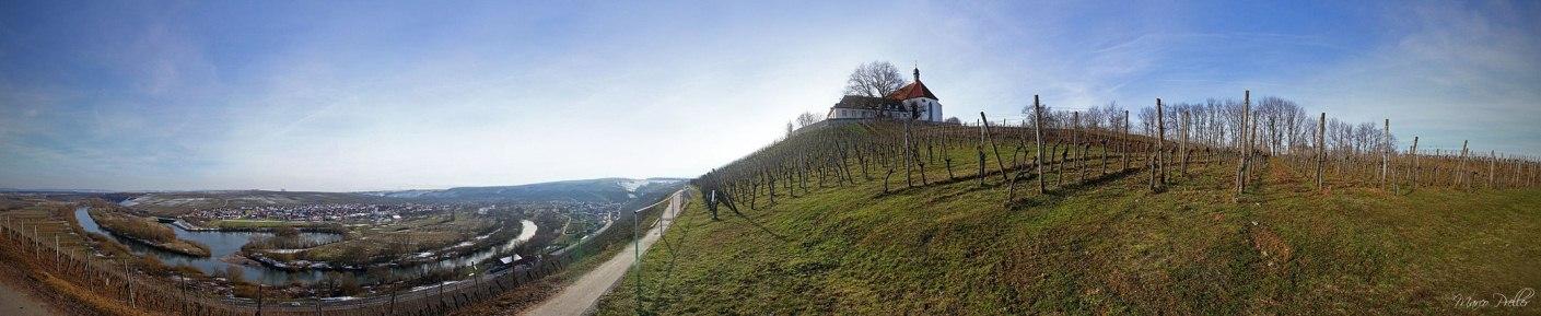 Über der Mainschleife thront die Vogelsburg.