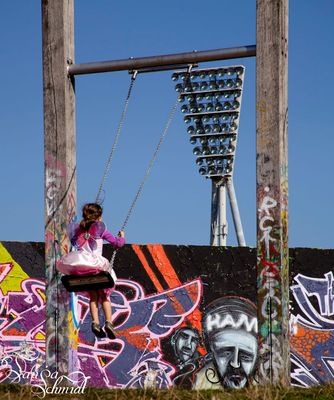 Über die Mauer