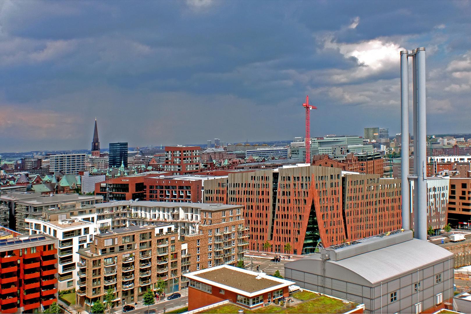 über Hamburgs Dächern