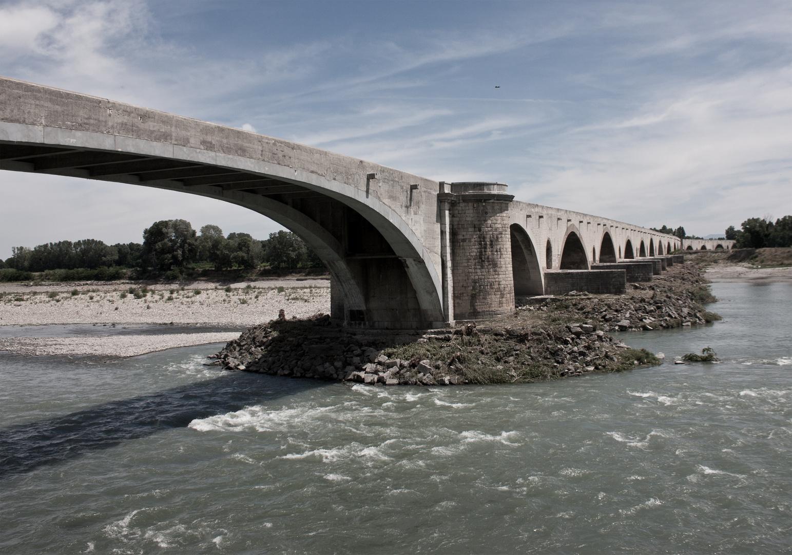 """""""Überbrücken"""" in der Provence"""