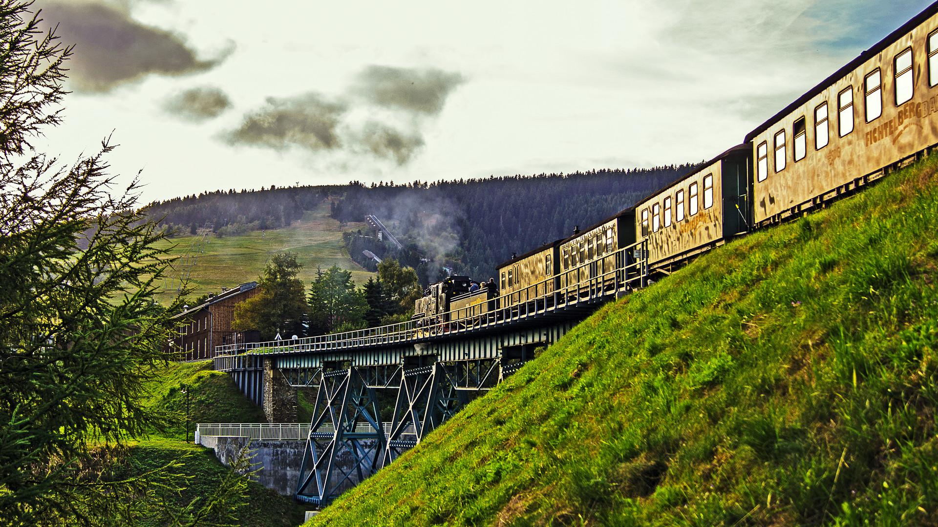 Überfahrt über den Hüttenbachviadukt