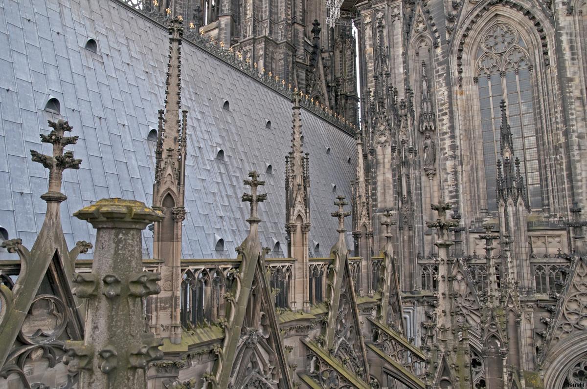 Über'm Dom - Blick in das Strebewerk des Kölner Domes