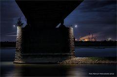 Uerdinger Rheinbrücke .....
