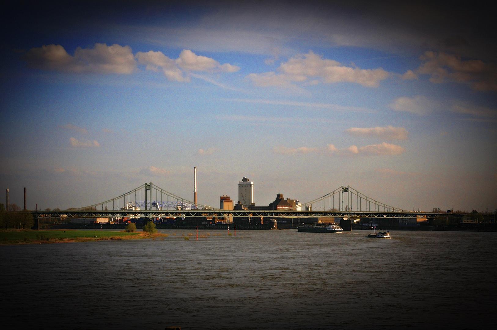 Uerdinger Rheinbrücke