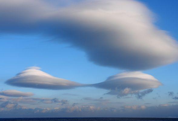 Ufo oder Wolken?