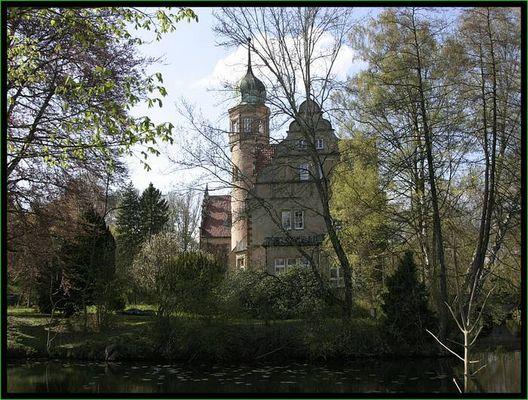 Uhlenburger-Schloss in Löhne-Menighüffen 1
