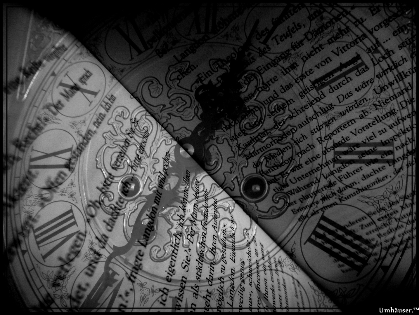 Uhr mit Buch. (: