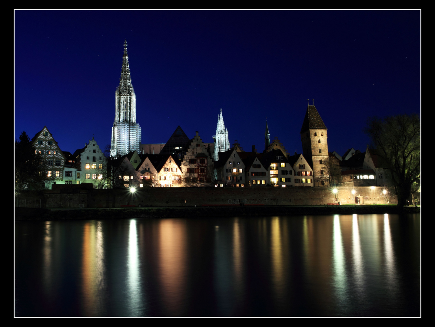 Ulm bei Nacht (I)