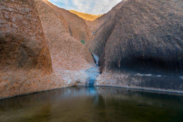 Uluru - Wasser am Uluru