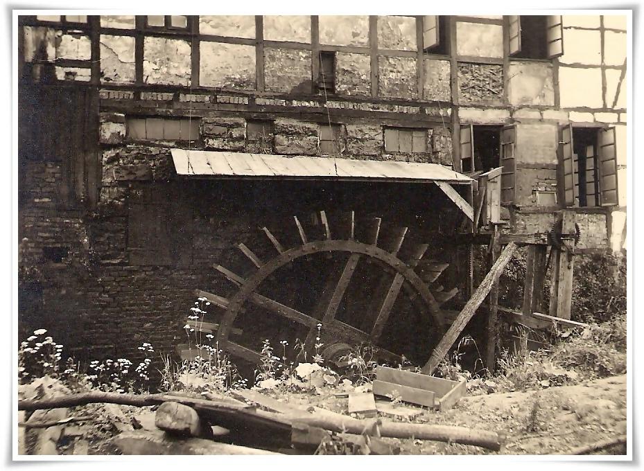 Um 1900 Wasserrad an der Wupper..