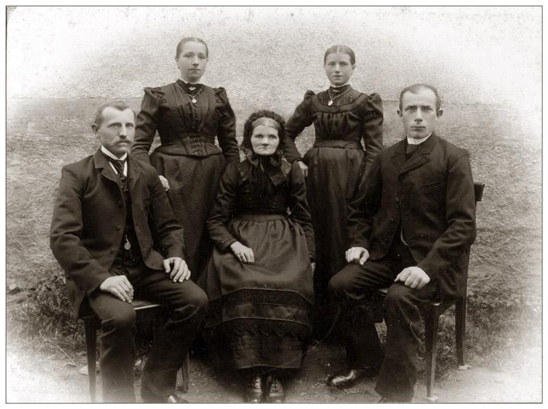 um 1910 von Ute Allendoerfer