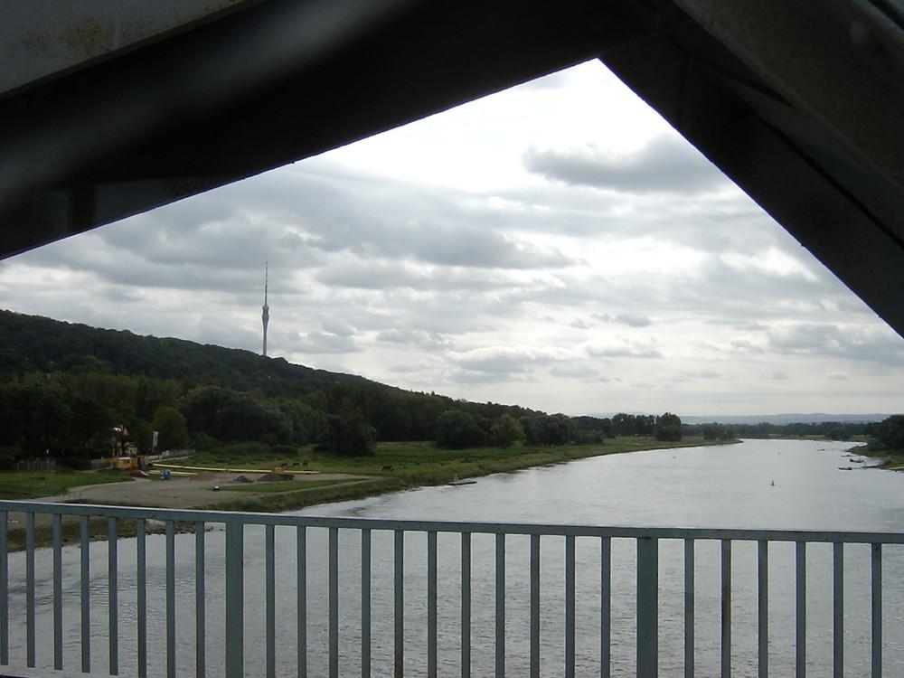 Umgebung Dresden: Panorama mit Elbe Fluss