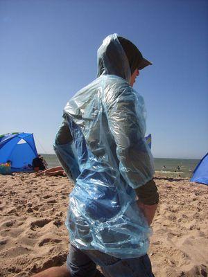 Umweltschonende Entsorgung am Strand