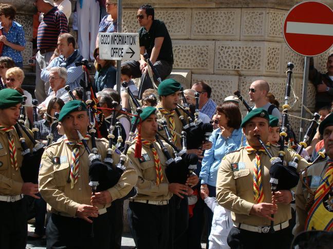 Umzug zum St. Georgstag in Valletta/Malta