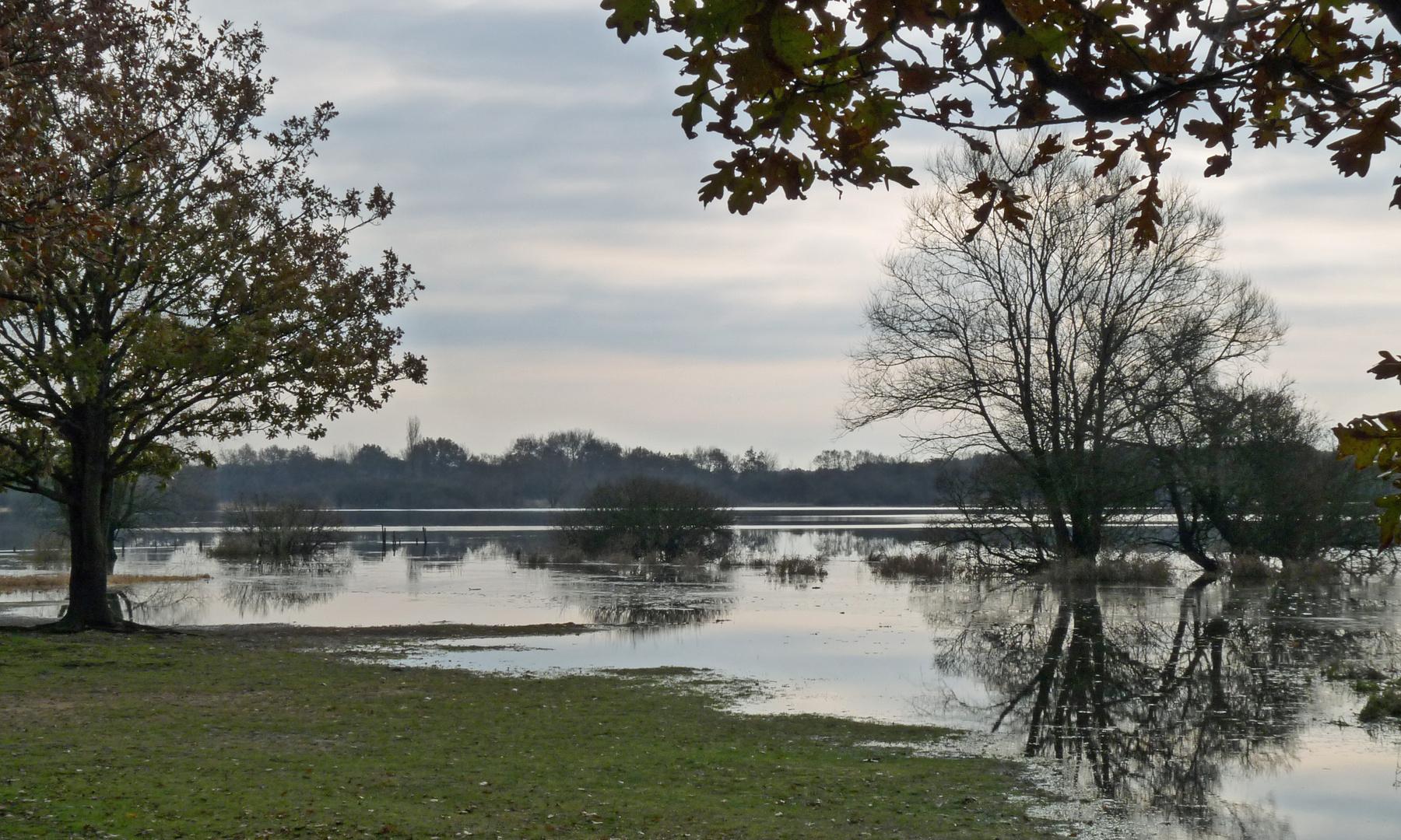 Un autre aspect du lac 01