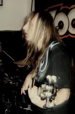 Un bassiste
