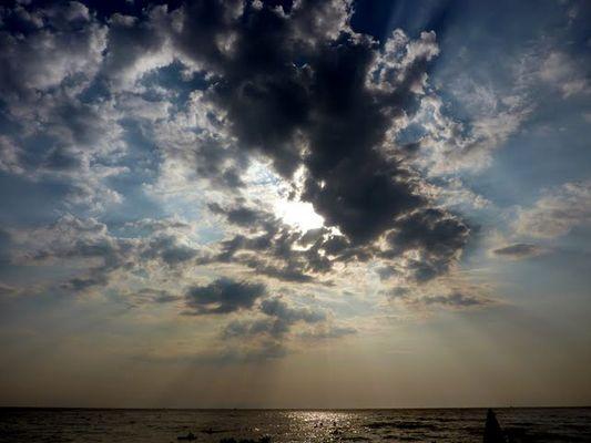 Un cielo nuvolo è meglio di un cielo sereno