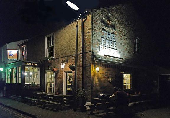 Un des meilleurs pubs de Cambridge  --  The Free Press  --  Ein von den besten Pubs von Cambridge