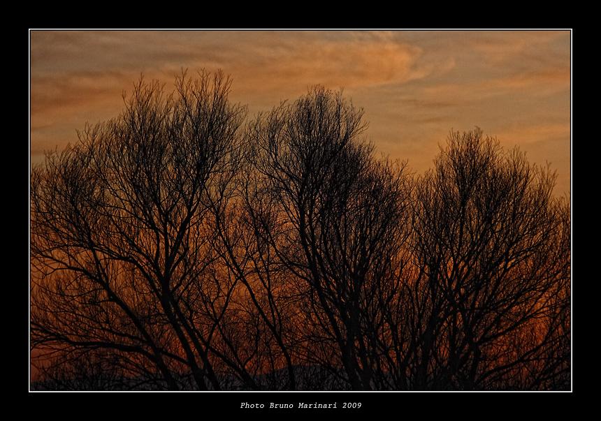 Un dipinto di tramonto