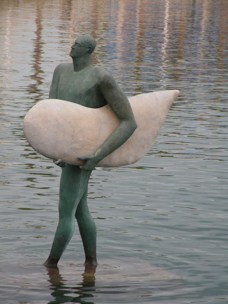 Un homme à la mer !!