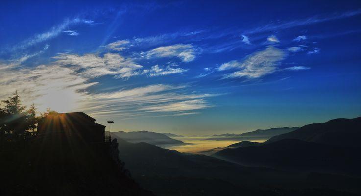 ....un istante magico....l'alba!!!