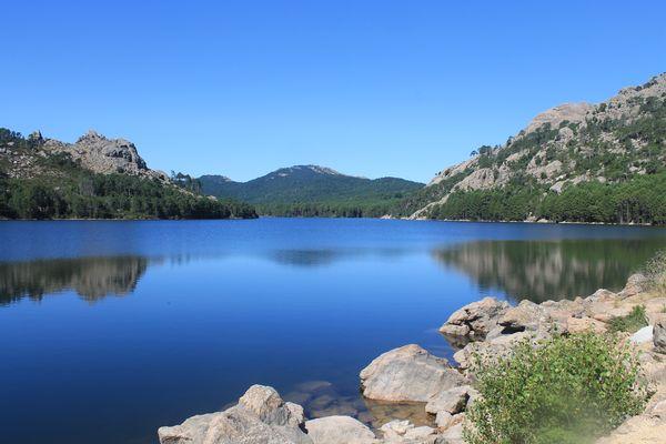 Un lac au milieu de nul part !
