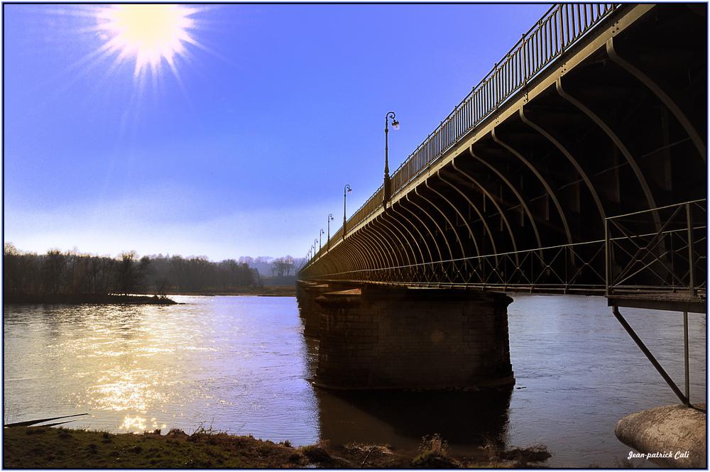 Un long fleuve tranquille. ( Dédiée à Bernicoton )