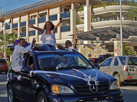 Un mariage à Nouméa  --  Eine Hochzeit in Nouméa