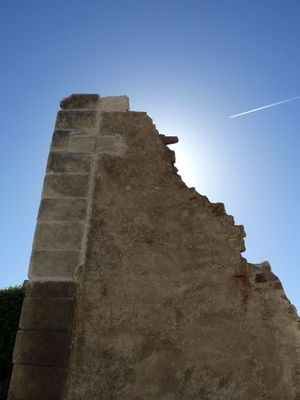 Un mur tombé du ciel à Nantes