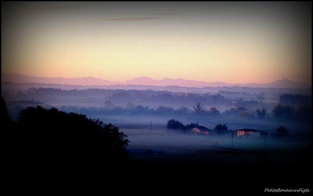 Un petit matin de Décembre...vue sur les Pyrénées...