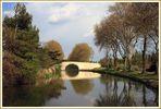 Un pont sur le canal.