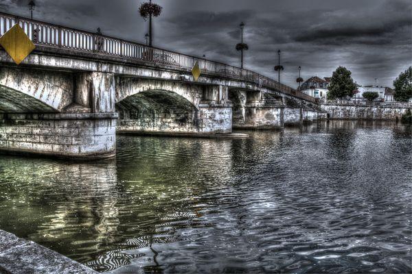 un pont sur l'yonne