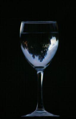un reflet dans le verre