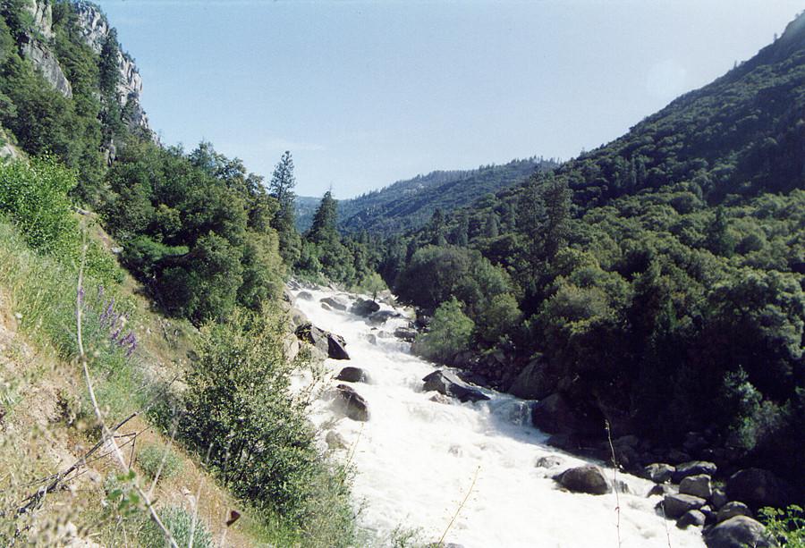 Un torrente burrascoso