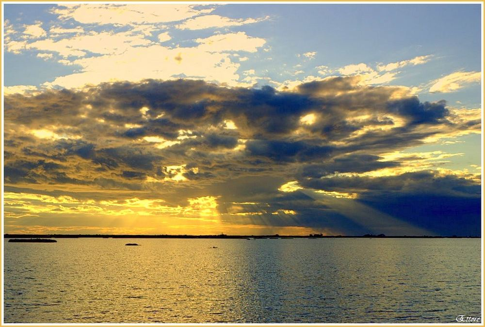 Un velato tramonto