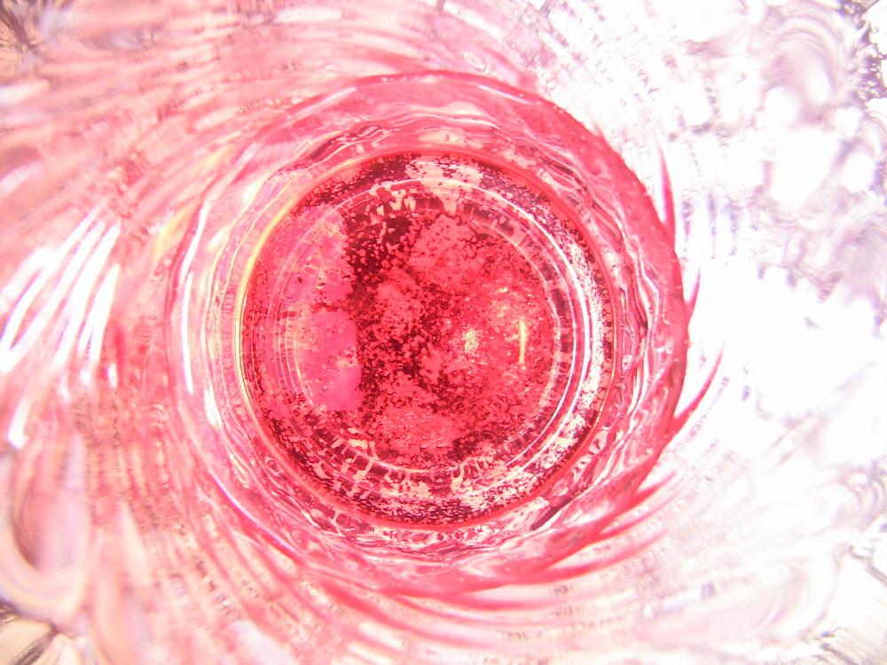 un verre de rosé !!! le fond du verre ...