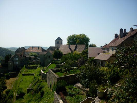 un village perché dans le Jura