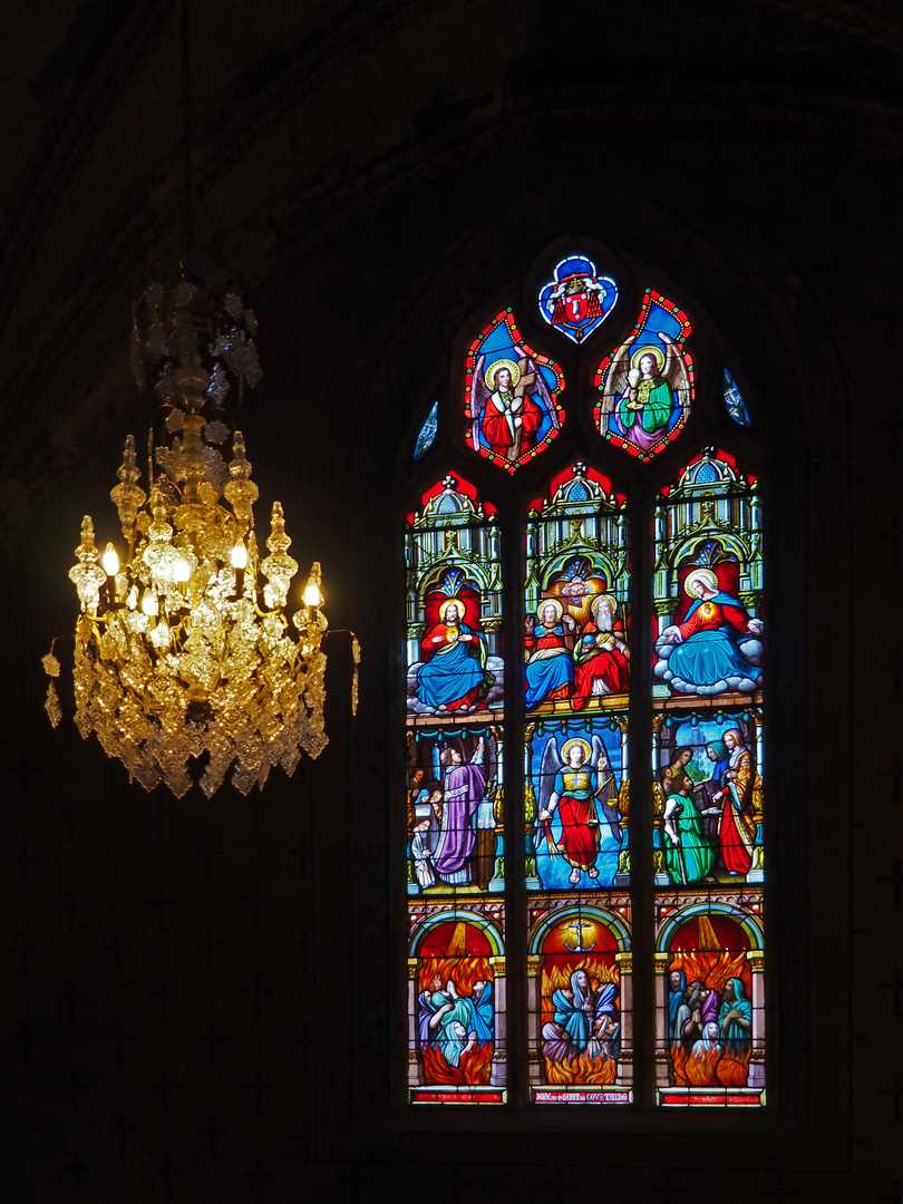 Un vitrail de l'Eglise Saint-Laurent de Fleurance