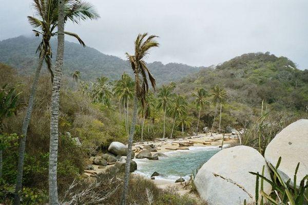 Una bahía sin nombre en Parque Tairona de Colombia