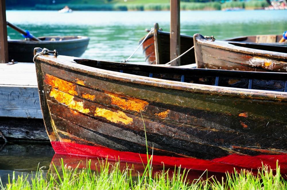 una barca a remi nel lago Foto % Immagini aperture, soggetti Foto su fotocommunity