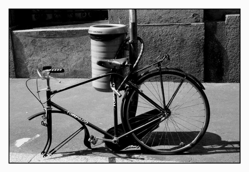 ..una bicicletta milanese....