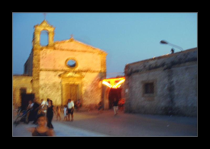 Una calda notte d'estate a Vendicari. Eine sehr warme Nacht in Vendicari.